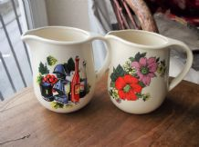 2 X VINTAGE RETRO JUGS FS ROMANIA 1 FLORAL 1 WINE IDEAL BAR FS ROMANIA